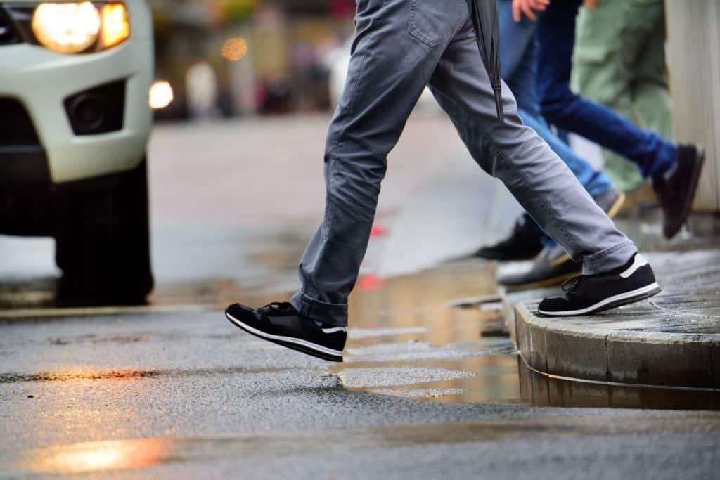 Man Injured in Pedestrian Accident on Glen Avenue [Merced, CA]